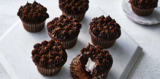 Chocolate cupcakes with marshmallow filling Recipe