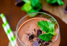 Mint Chocolate Chip Smoothie recipe
